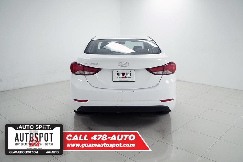 Pre-Owned 2015 Hyundai Elantra Limited