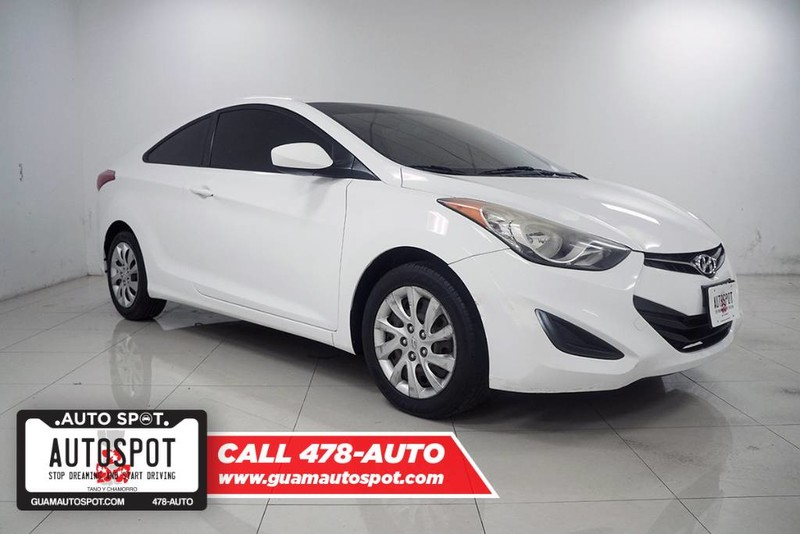 Hyundai Elantra Coupe >> Pre Owned 2013 Hyundai Elantra Coupe Gs Front Wheel Drive Coupe